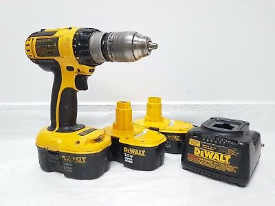 "DEWALT DC725 18V 1/2"" CORDLESS HAMMER DRILL 3* Batteries and a Charger."
