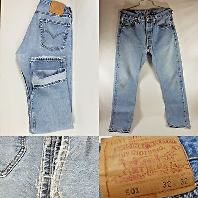 Mens Levi's Jeans 501 32x32 Denim Distressed Made in USA Vintage Retro