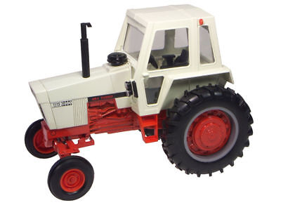 Case 1175 Tractor with Cab - 1/16