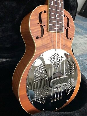 Paramount Sopran Resonator-Ukulele Tiger Stripe Maple    PA-000013