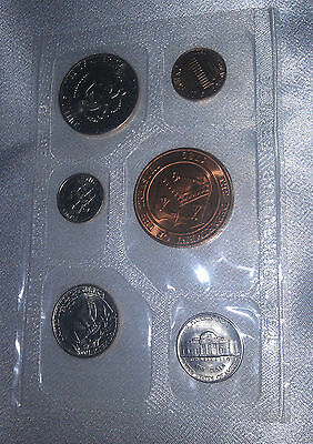 USA Mint coin set 1980 D Denver - 5 coins and a Treasury Token sealed in Cello