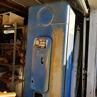 Vintage 1958 Pepsi  Machine 5 Cent Coin Operated Runs & Cools!!