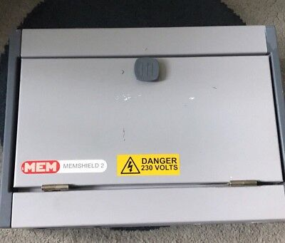 Mem Eaton 10 Way Am10 Distribution Board With 100 Amp Main Switch With 8 Mcbs