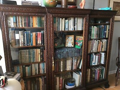 Antique Glass Front Bookcase in very good condition