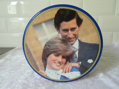 Collectable Royal Wedding tin  - Lady Dianna & Prince Charles 1981