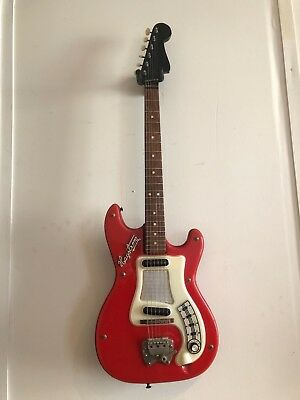 vintage 60s electric HAGSTROM 1 Swedish classic Bowie model ! Ships U.S/Canada