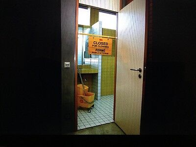 """Commercial safety sign English,French,Spanish """"Closed for Cleaning"""" Barrier  New"""