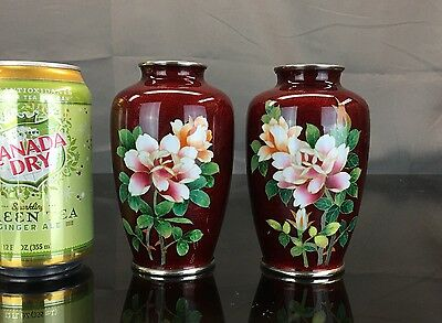 Elegant Antique Pair Of Japanese Red Cloisonné Vases Fine Quality Flowers