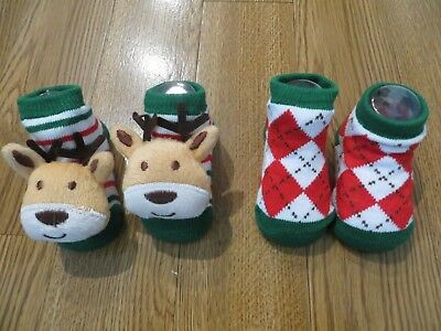 New Little Me 2 Pairs Christmas Baby Booties Socks Reindeer Argyle 0-12 Months