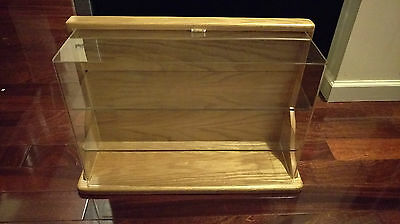 Solid Oak Wooden Display Case 23' Wide 15' Long 8' Thick Made In Usa
