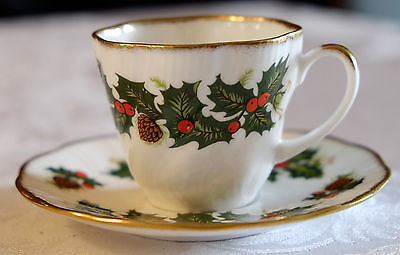 "QUEEN'S ROSINA CHINA CO. Fine Bone China ""YULETIDE"" Cup and Saucer Set Christmas"