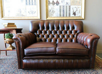 Divine Vintage 2 Seat Tan Cigar Brown Chesterfield Sofa Couch Lounge Suite