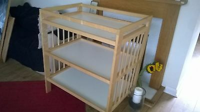 Beech   Changing   Table   Unit  Exc  Condition