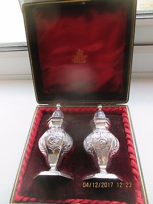 Excellent Silver Salt And Pepper Pots With Fitted Case  1900  Perfect