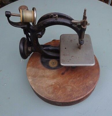 Scarce Antique Willcox & Gibbs sewing machine - Unusual model 1871 New York
