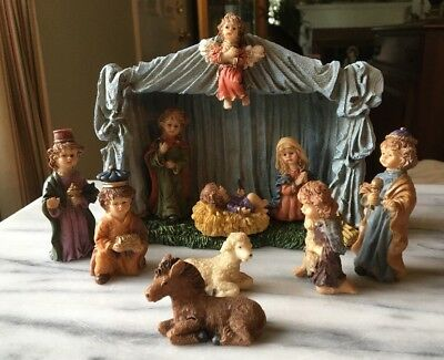 Silvestri Breast Cancer Research Foundation 10-piece Resin Christmas Creche