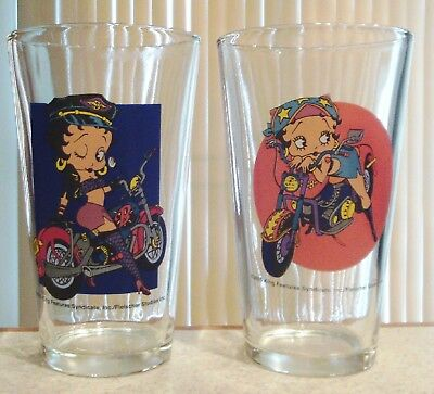 Betty Boop Pair of 16oz 2005 King Features Syndicate Glasses in Excellent Cond