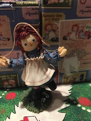 Raggedy Ann & Andy HOP OVER TROUBLES WITH A HAPPY HEART INSIDE Enesco Figurine