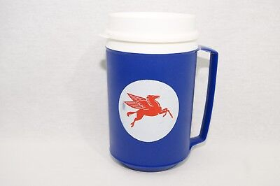 Vintage Mobil Pegasus Plastic Mug Used 1992 Gas Oil Advertisement Blue Aladdin
