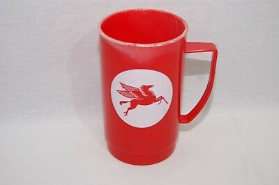 Vintage Mobil Pegasus Plastic Mug Used 1990 Gas Oil Advertisement Red Aladdin