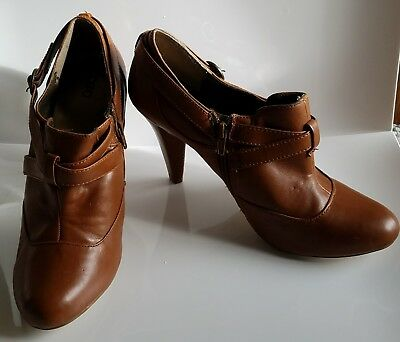 5359c702f37 Cato Women s Brown Leather High Heel Booties Shoes Ankle Boots Size 10  Zipper