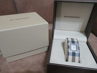 98befed18a2d Burberry Nova Check Classic Watch BU4000 with Presentation   Outer Box   MINT