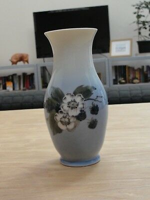 Royal Copenhagen Vase  Blackberry pattern
