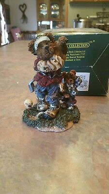 Boyds Bears & Friends, Bearstone Collection Arnold P. Bomber the Duffer Golf