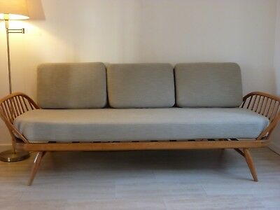 BEAUTIFUL SET OF ERCOL DAY BED/SOFA STUDIO COUCH CUSIONS in BEIGE/TAUPE COLOUR