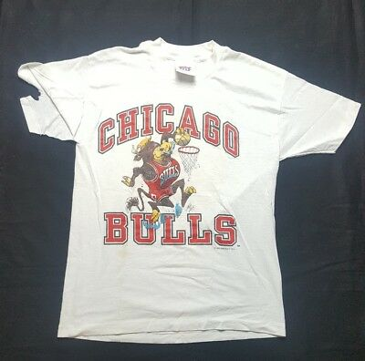 VINTAGE 90S CHICAGO BULLS t shirt youth L USA MADE 1990 distressed
