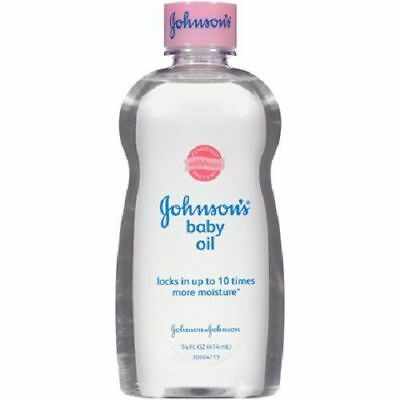 Johnsons Baby Oil 100Ml For Baby Skin Locks In Moisture Suitable For Wet Skin Pp