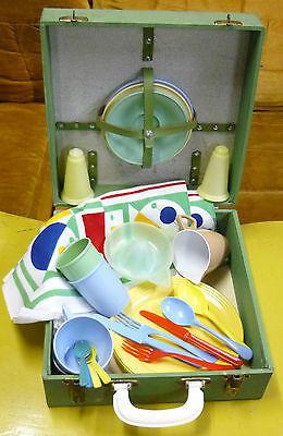Vintage Retro Picnic/Caravan set in timber case - with contents