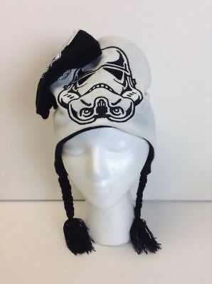 Star Wars Childrens Hat and Glove Set White and Black Size 7-14 Retails $24.00