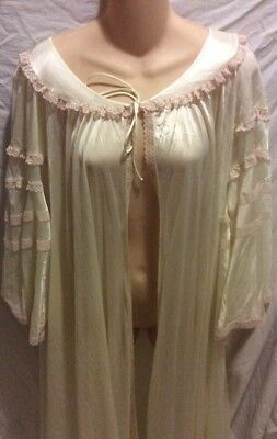 Dream away Nightgown and robe, soft gold color Size L/M
