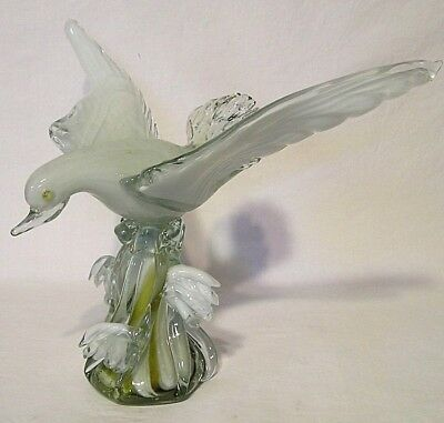 "Beautiful Multi-Colored Layered Glass ""Sea Gull in Flight"" 10 1/4"" Tall Unmarked"