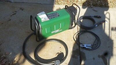 Victor Thermal Dynamics Cutmaster 152 Plasma Cutter 1-1730-1 made 1 cut with it.