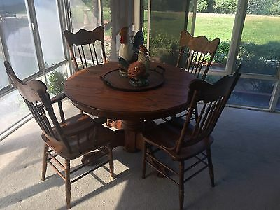 Vintage Dragon Wing Press Back Spindle Chairs Claw Foot Dinning Table Solid Oak