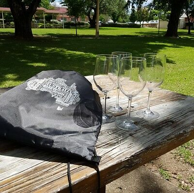 Plastic 350ml Wine glasses. Quality 4pcs outdoor picnic set in cooler bag. GIFT