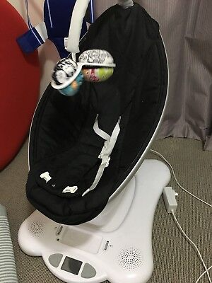 4moms Mamaroo Bouncer Rocker As New With Box