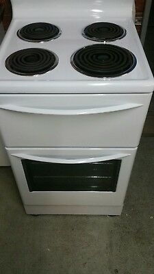 westinghouse 54 cm freestanding electric  oven/stove