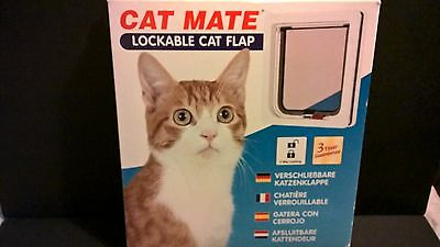 Cat Mate lockable door flap white NEW boxed unused condition all parts EXC