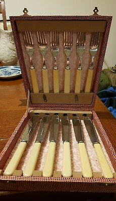 Vintage English boxed fish knife and fork set