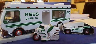 New Hess Collectible 1998 Recreation Van with Dune Buggy and Motorcycle, Lights!