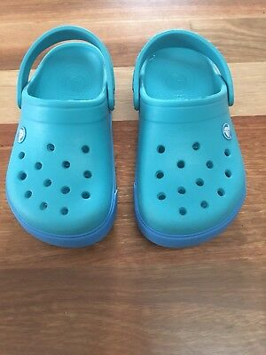 Crocs Size 2 Blue - Older Child Sz 2