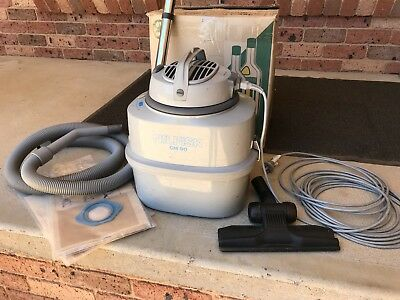 Nilfisk Vacuum Cleaner GM 90