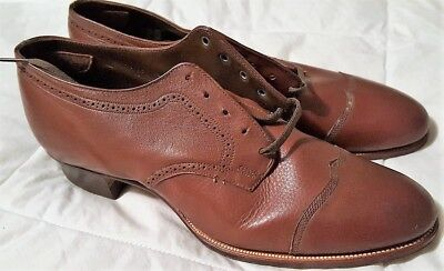 Vintage 1920 Woman Leather Shoes/Antique Footwear W/ Original Box/ New Old Stock