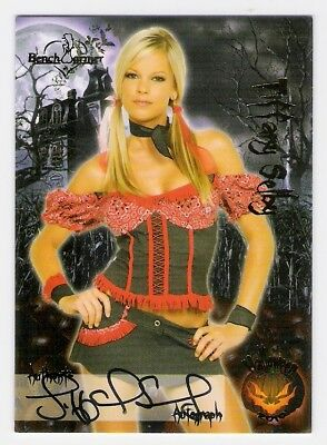Tiffany Selby 2010 Benchwarmer Halloween Autograph Card
