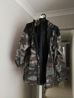Rain jacket, great for camping sz M, army pattern
