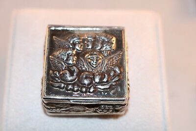 Sterling Silver Trinket Pill Box Repousse Angels Cherubs Square 15.5 Gr. Flowers