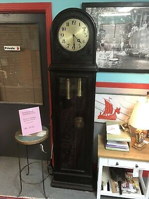 Antique Grasndfather Clock - Late 1800's Beautiful - Keeps Perfect Time